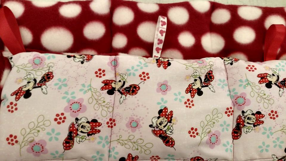 minnie-mouse-weighted-throw-blanket.jpg